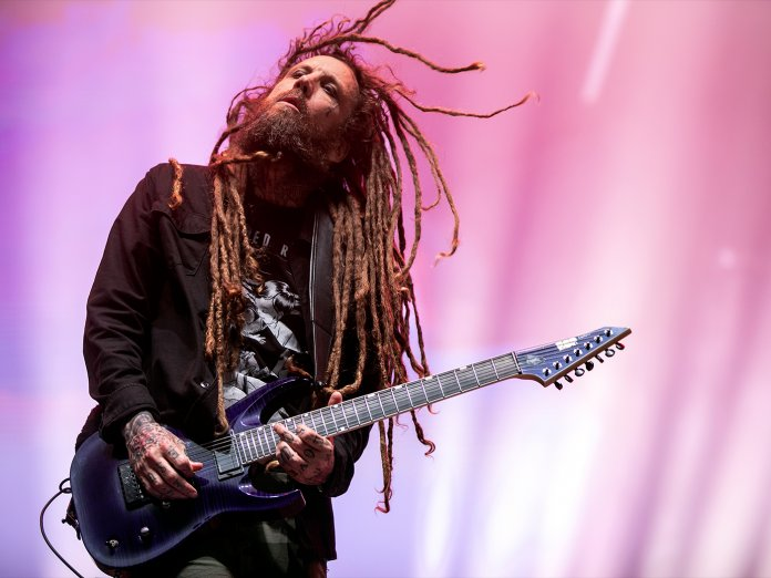Brian Welch onstage