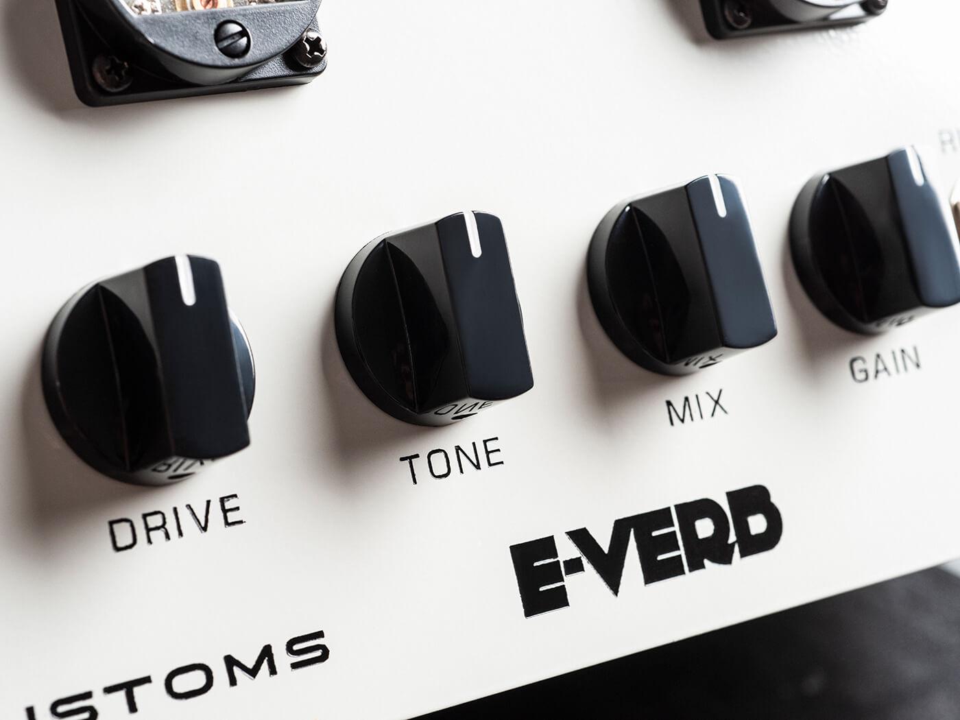 Ebo Customs E-verb Studio