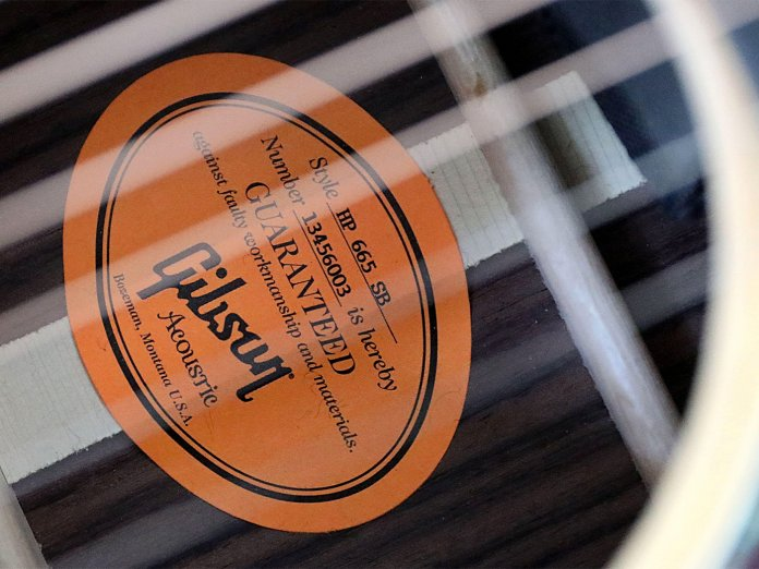 Gibson Acoustic Label