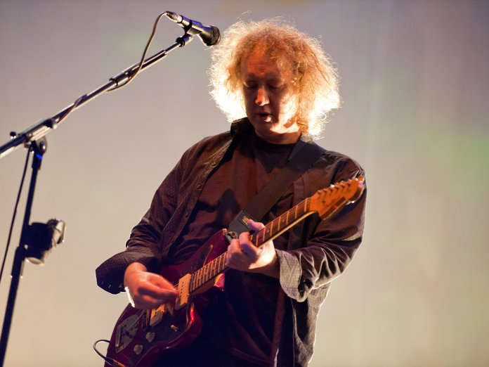 Kevin Shields onstage