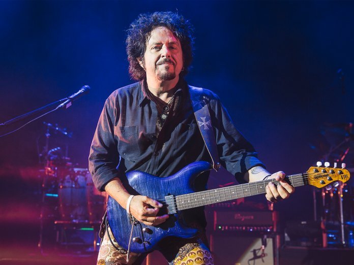 Steve Lukather onstage