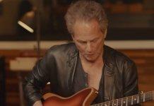 Lindsey Buckingham Fender Acoustasonic Jazzmaster