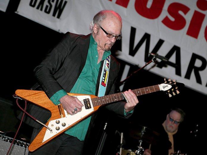 Denny Freeman onstage