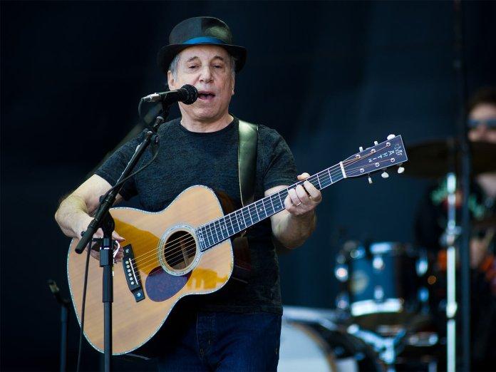 Paul Simon onstage