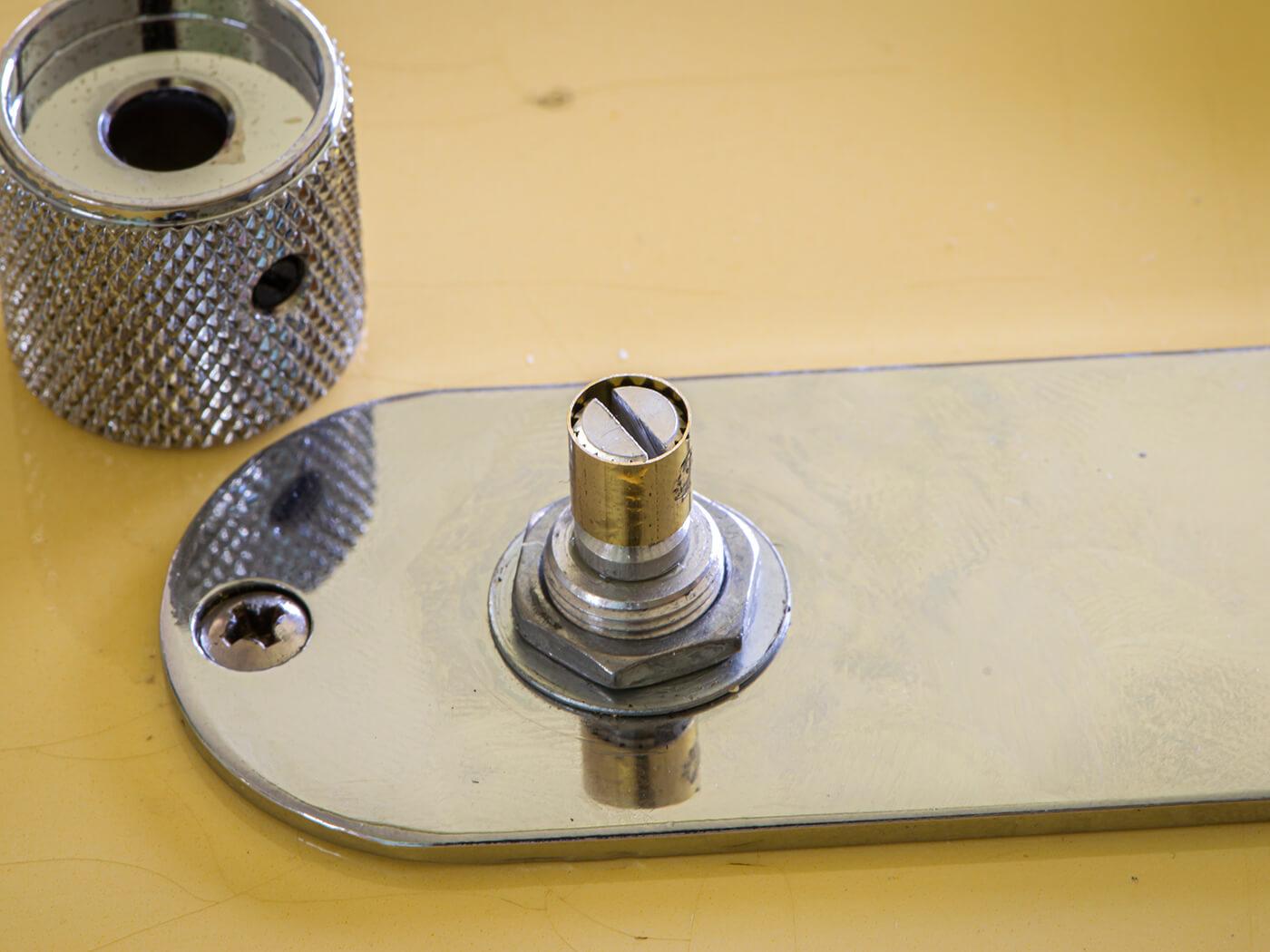 DIY Workshop: Telecaster to Esquire Conversion 5b