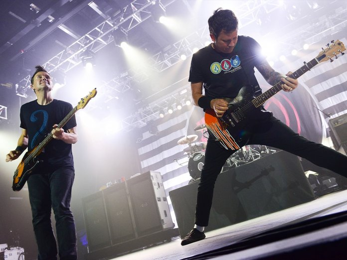 Blink 182 onstage